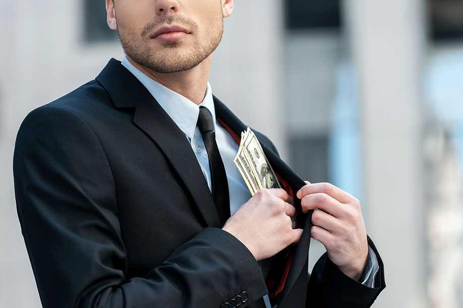 Experienced private investigator for corporate theft, embezzlement, and espionage.